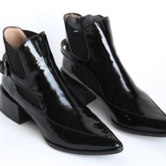 a03123d5fb6 Zara Black Patent Blocked Gold Heel Boot. M 5adcb1f78af1c562fc593455